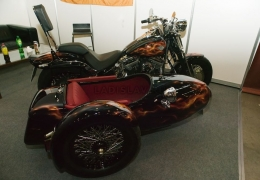 Harley Davidson Black line Side Car